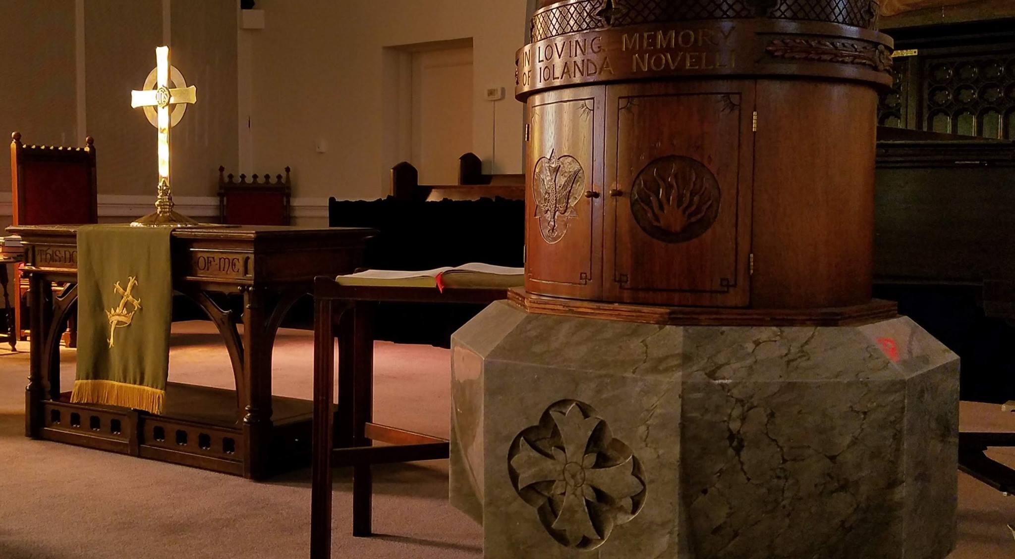 Sanctuary image of Immanuel Presbyterian Church